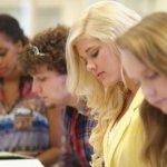 Užsienyje gyvenantys lietuvių vaikai mokyklą gali baigti ir Lietuvoje