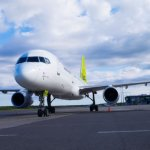 """""""Air Baltic"""" skelbia žinią apie skrydžius iš Rygos – skraidins į Vieną, Frankfurtą, Amsterdamą, Oslą ir Helsinkį"""