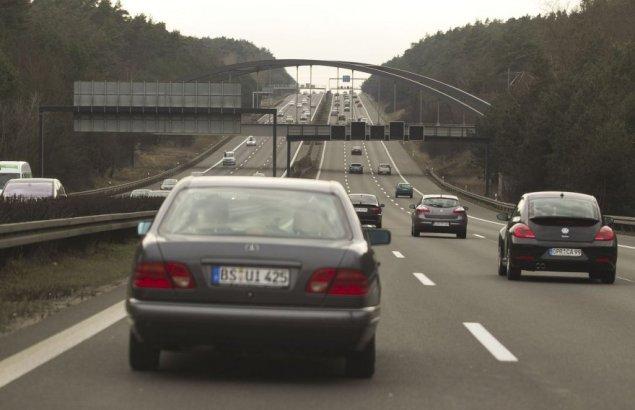 Irmanto Gelūno/15min.lt nuotr. / Asociatyvi nuotr.: Vokietijos greitkelis