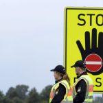 Vokietijai įvedus sienų kontrolę migrantų srautas neišseko