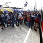 Vokietija neatlaiko pabėgėlių srauto: stabdomi traukiniai, uždaromos sienos