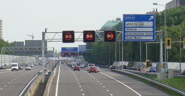 a10-amsterdam-road-traffic-jam