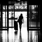 Šventėms į Lietuvą grįžtantys emigrantai neskaičiuoja pinigų ir jaučiasi išnaudojami