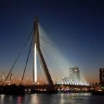 Roterdamas planuoja statyti du naujus tiltus per Maso upę