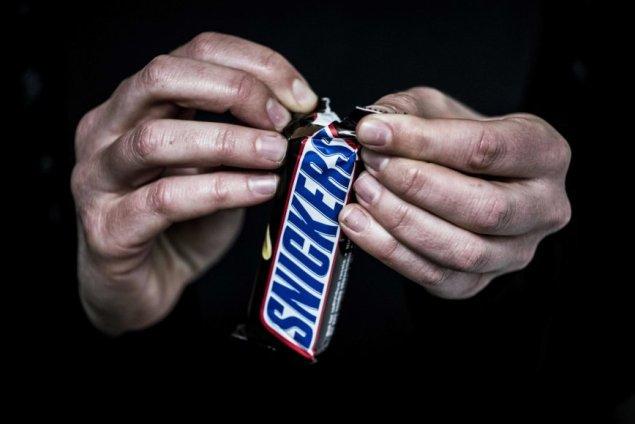 snickers-sokoladinis-batonelis