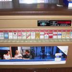 Uždraudžiami cigarečių pardavimo automatai