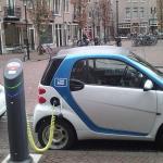 Randstade fiksuojama milžiniška elektromobilių paklausa