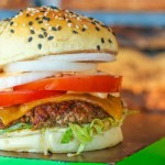 Olandų kompanija bus pirmoji pasaulyje, pardavinėjanti laboratorijoje užaugintą mėsą