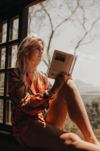 Powerful Pleasurable Benefits You Can Derive From Reading And Writing