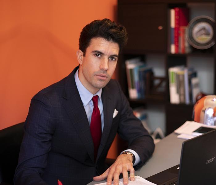 Isaac carmona abogado