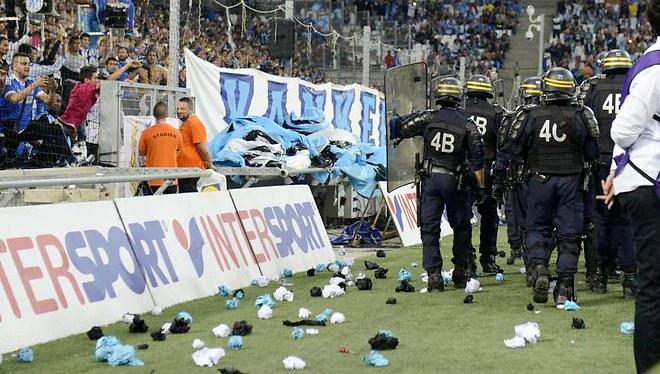 1218203_la-proposition-de-loi-anti-hooligans-adoptee-par-le-parlement-web-tete-021885656322_660x374p.jpg