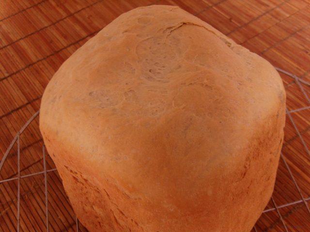 Joghurtos kenyér kenyérsütőgépben