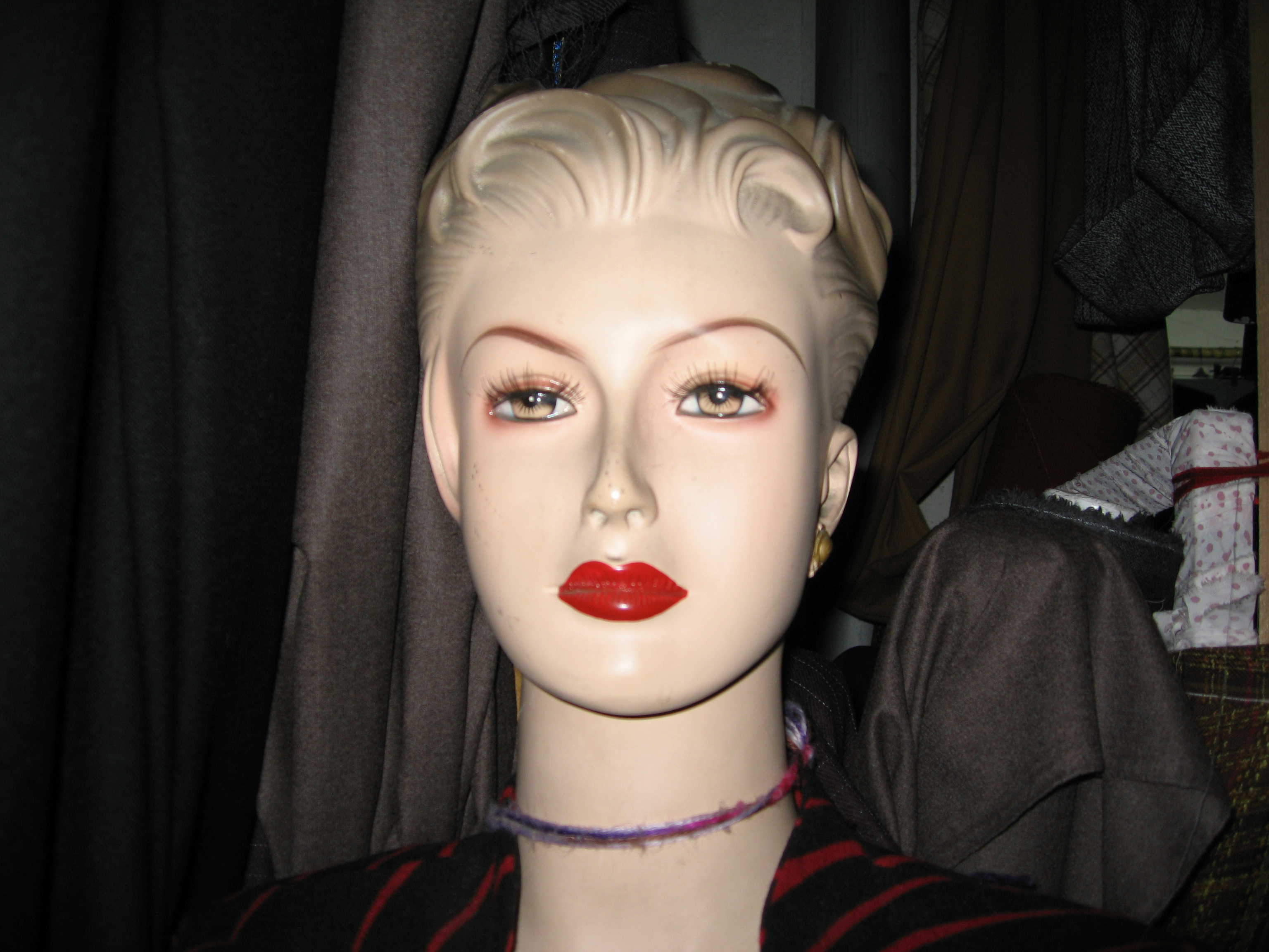 scary mannequin