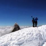 La Cumbre e alle spalle il Fitz Roy (ph. C. Hall)