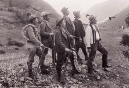 Le guide alpine di Cogne nel 1910 (archivio Tommaso Teppex - www.fotoricordo.unito.it)