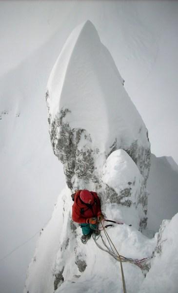Barry Bona sulla via Ultima frase, salita con padre Alvio (Cimon di Palantina 2190 m, parete N-O, gruppo Col Nudo – Cavallo), 2008 (Ph © B. Bona)