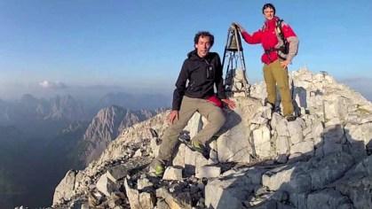 ore 07.00 il suono della campana sulla vetta del monte Peralba (2694  m)