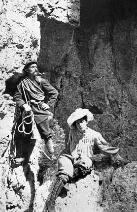 Beatrice Tomasson con la guida ampezzana Arcangelo Siorpaes