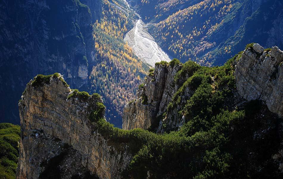 8. In fondo la Val Postegae (ph. Loris De Barba)
