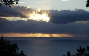 Day5: al mattino il sole abbraccia le nuvole proprio davanti al Cuile Mancuso