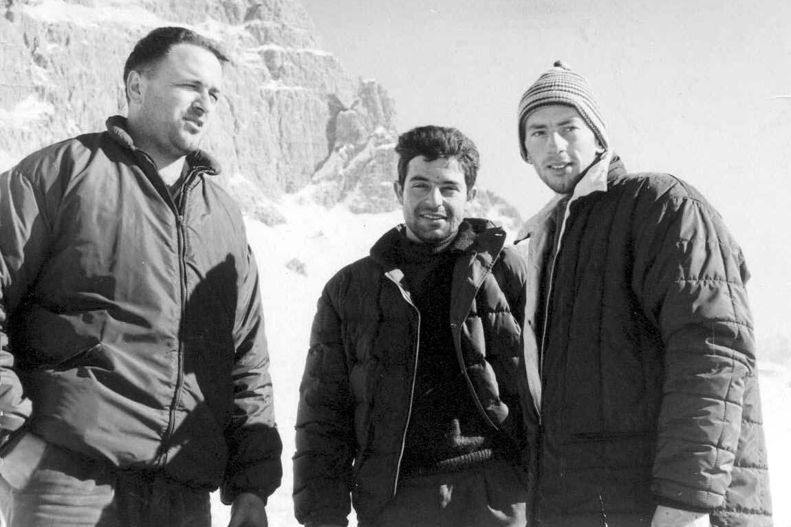 Loris De Moliner (a sx) con Roberto Sorgato (al centro) e Giorgio Ronchi (archivio Loris Santomaso)