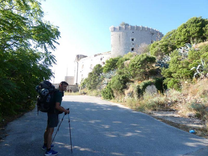 VIDEO/FOTO:Hrvatska ima svoj El Camino, Maretić-Dečina nakon 90 dana i 2149 kilometara stigao na Prevlaku