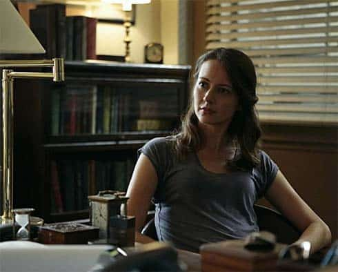 Amy Acker in Person of Interest