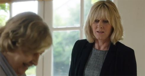 Caroline tells her mother that she and Kate are getting married.