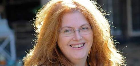 Sally Wainwright will Write and Direct Drama About Brontë  Family