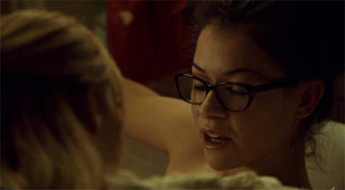 Cosima in the tub