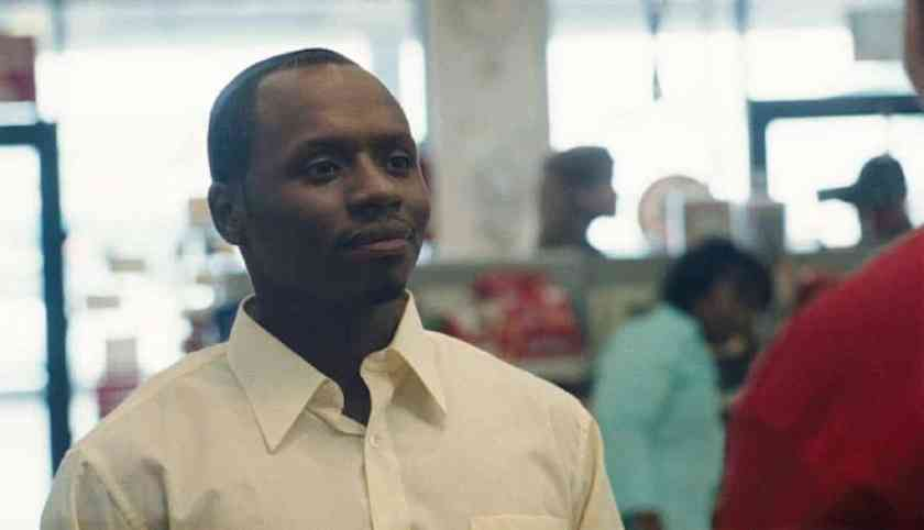 Malcolm Goodwin as Sammy finds a moment of fame through basketball