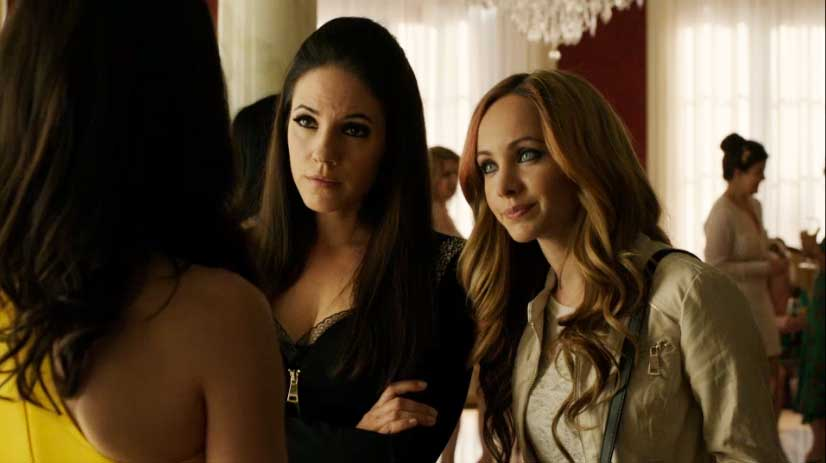 Bo and Kenzi talk to Evony