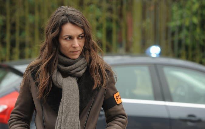 Marie Dompnier in Witnesses