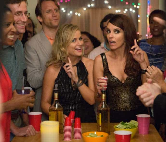 A scene from Sisters with Amy Poehler and Tina Fey