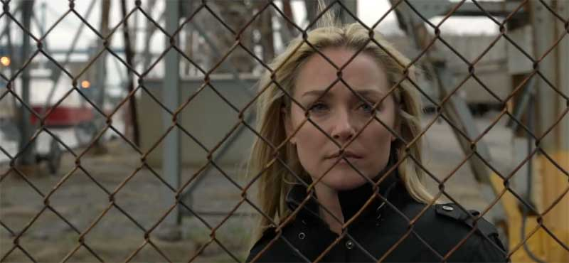Elisabeth Röhm in Forget and Forgive