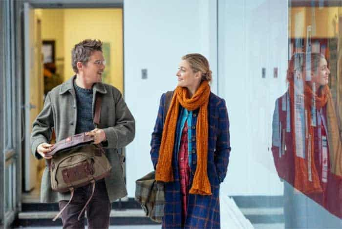 Ethan Hawke and Greta Gerwig in Maggie's Plan
