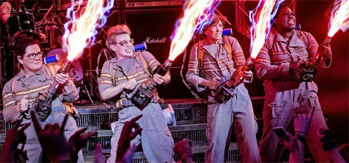 Melissa McCarthy, Kristen Wiig, Kate McKinnon, and Leslie Jones in Ghostbusters