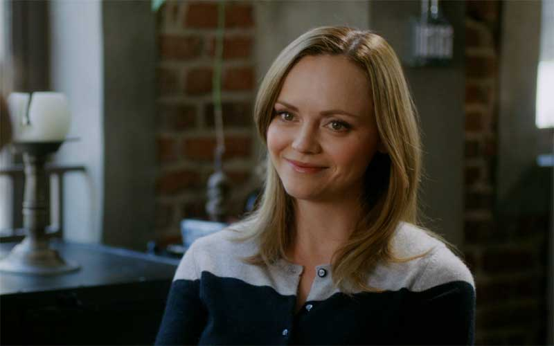 Christina Ricci in Mothers and Daughters