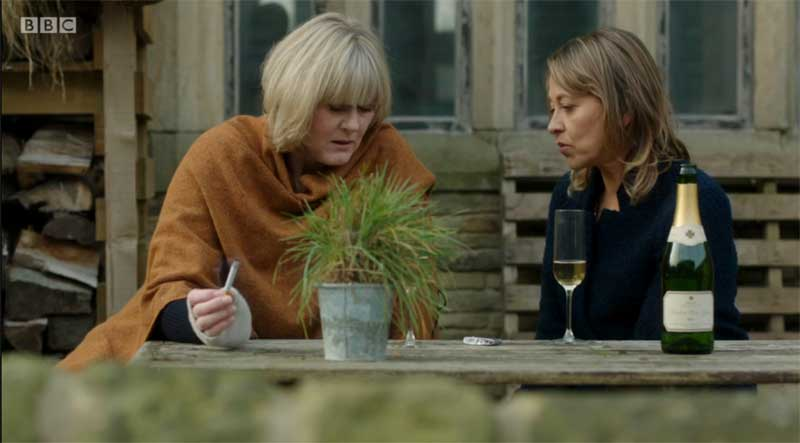 Last Tango in Halifax S4 E2 The Christmas Special Pt. 2 - Old Ain ...