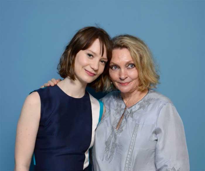 Mia Wasikowska and Robyn Davidson