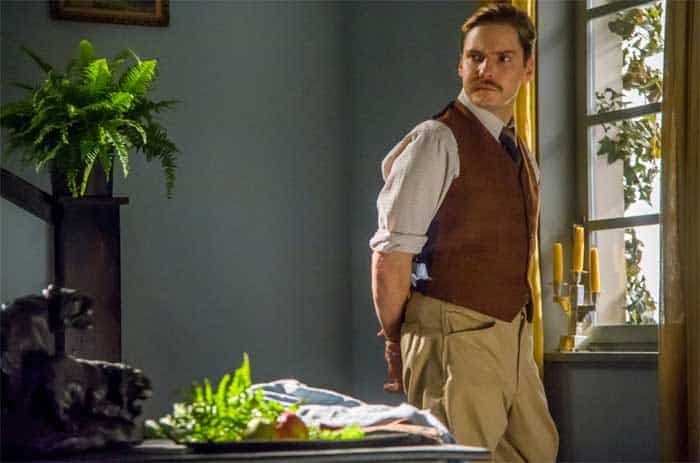 Daniel Brühl in The Zookeepers Wife