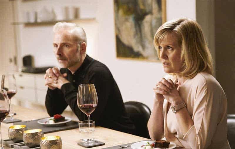 Mark Bonnar and Ashley Jensen in Catastrophe