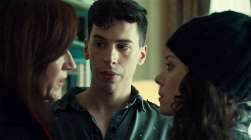 Maria Doyle Kennedy, Jordan Gavaris and Tatiana Maslany as Sarah in Orphan Black