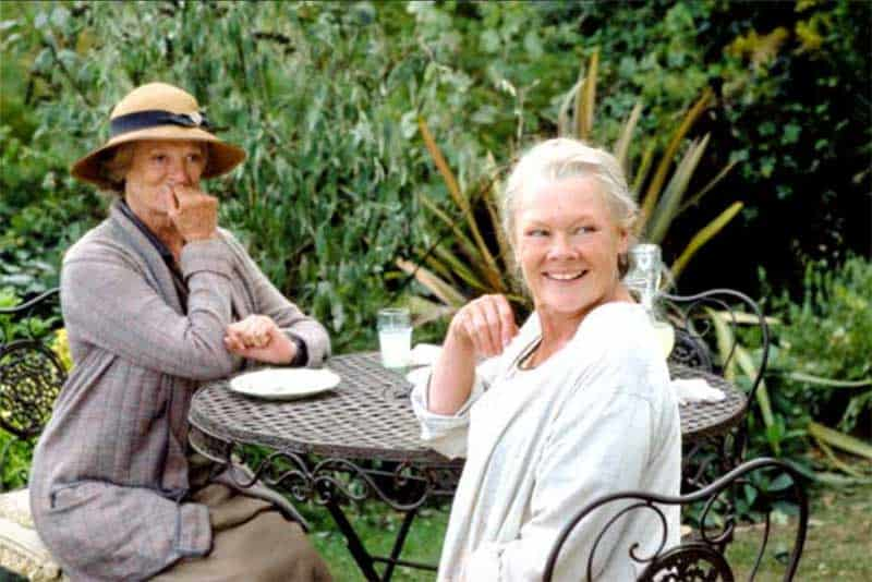 Maggie Smith and Judi Dench in Ladies in Lavender