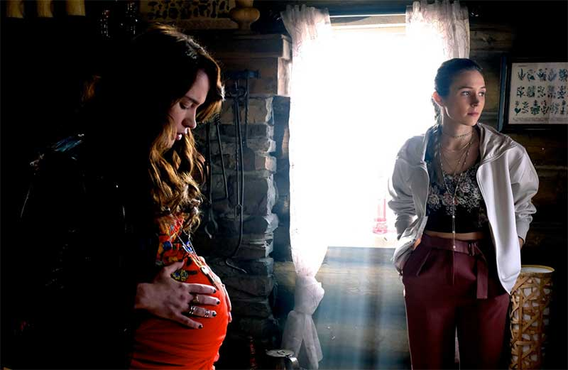 Brain Dump: Wynonna Earp, Younger, The Fosters