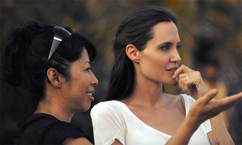 Angelina Jolie and Loung Ung in First They Killed My Father: A Daughter of Cambodia Remembers