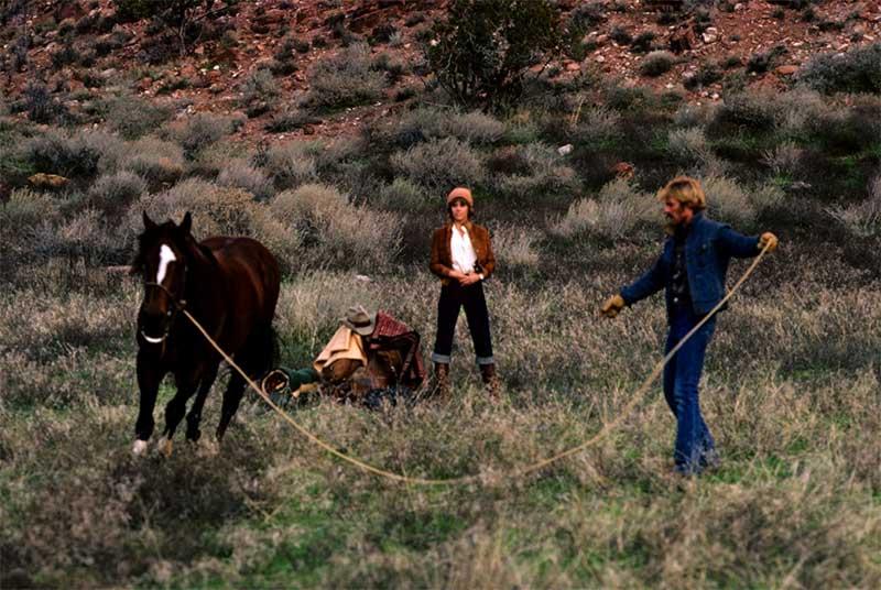 Jane Fonda and Robert Redford in The Electric Horseman