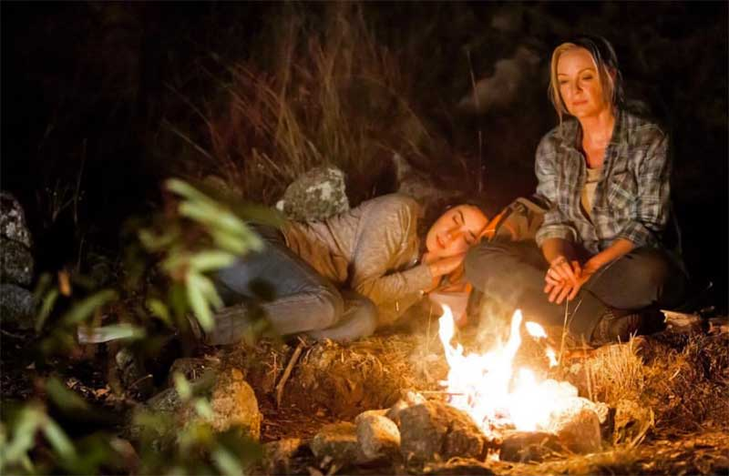 Rebecca Gibney and Geraldine Hakewill in Wanted