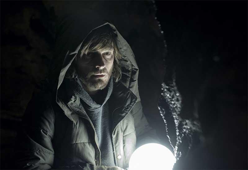 Andreas Pietschmann in Dark