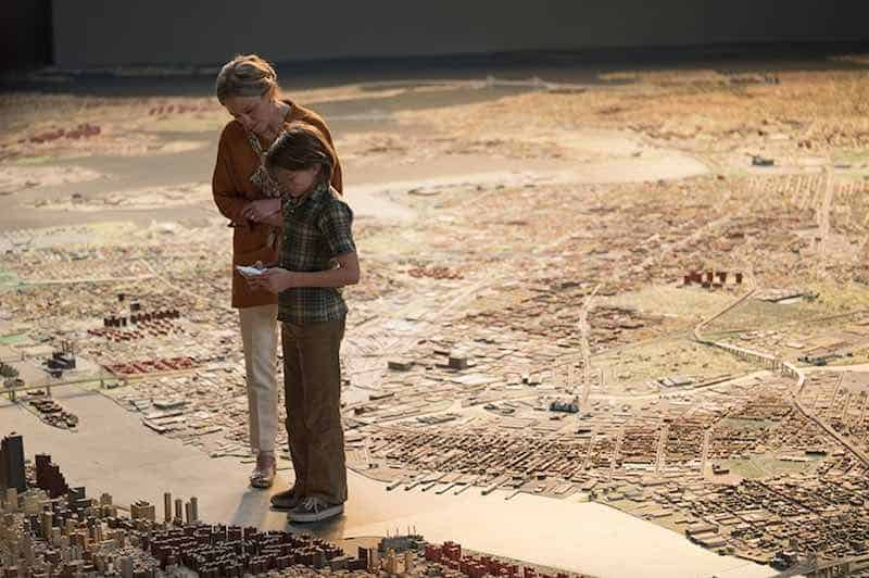 Julianne Moore and Oakes Fegley in Wonderstruck